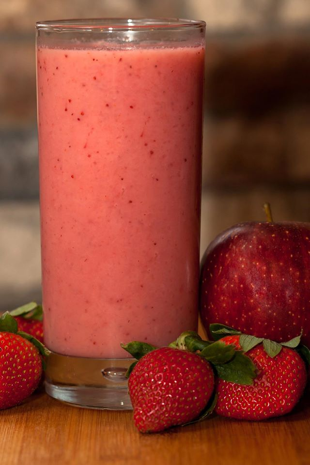 Apple Strawberry Shake